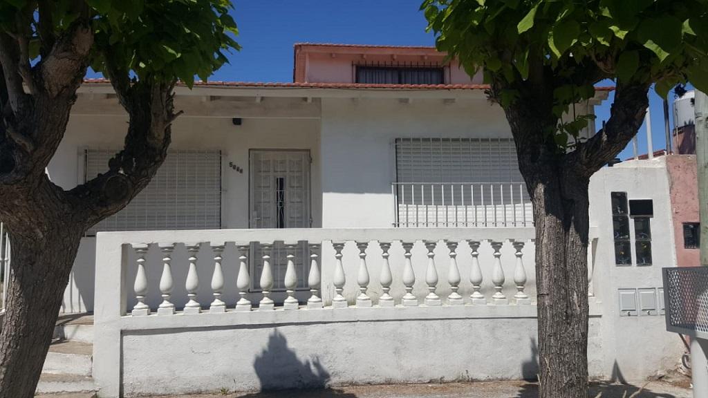 frente de la casaa