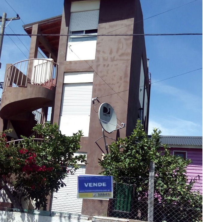 7 esquina 44 2°3 Santa Teresita (120304)