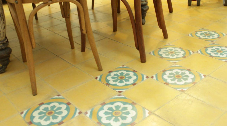 detalle piso del comedor